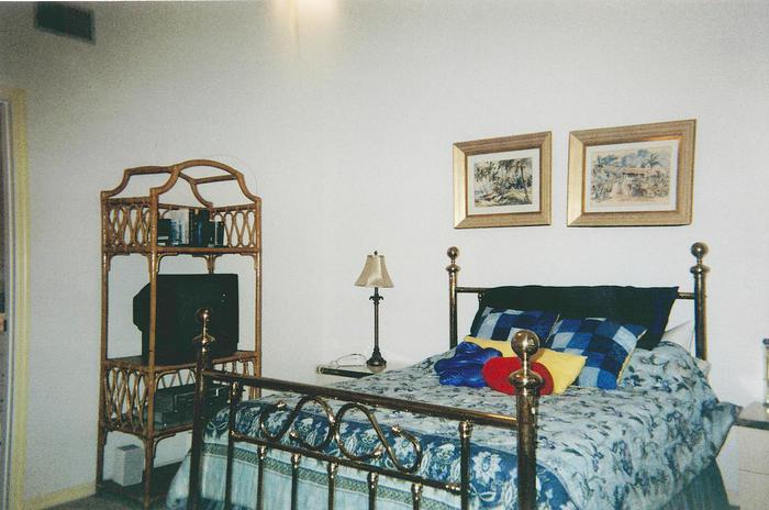 Master Bed Room with Queen Bed  - 123 Seaport Blvd.