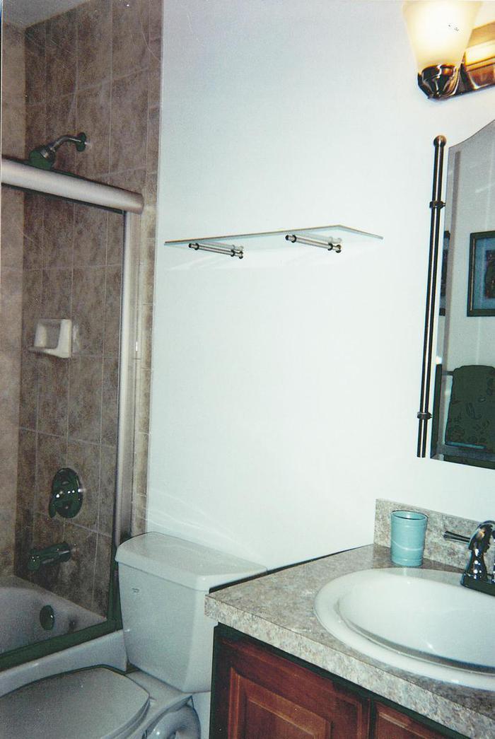 Full Master Bath - 243 Seaport Blvd.