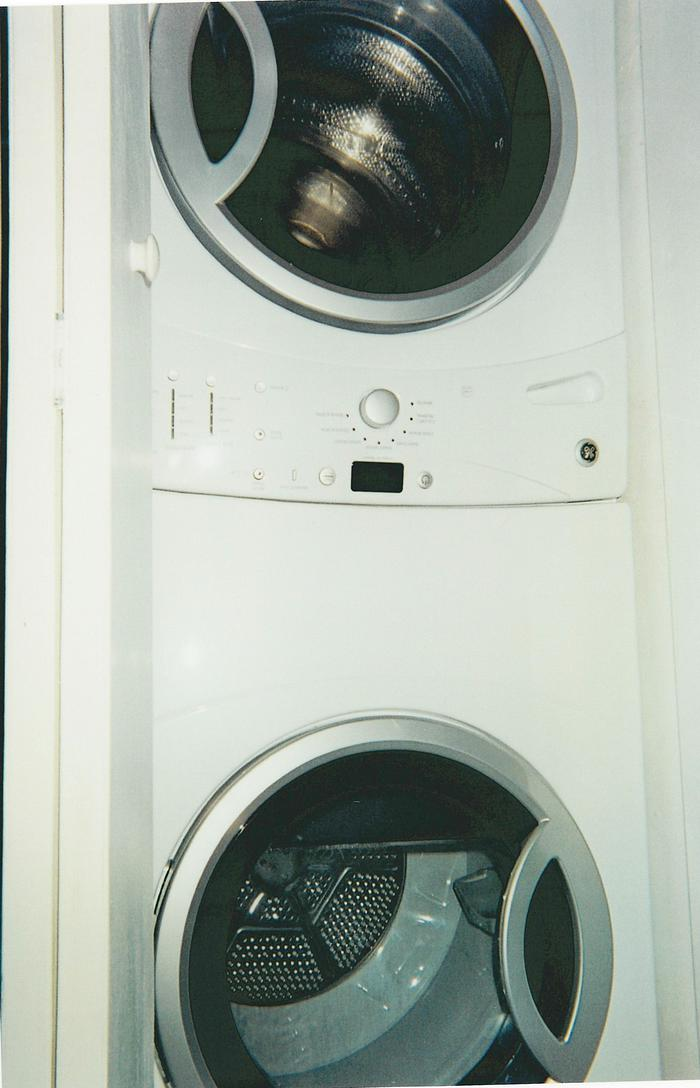 Washer and Dryer - 323 Seaport Blvd.