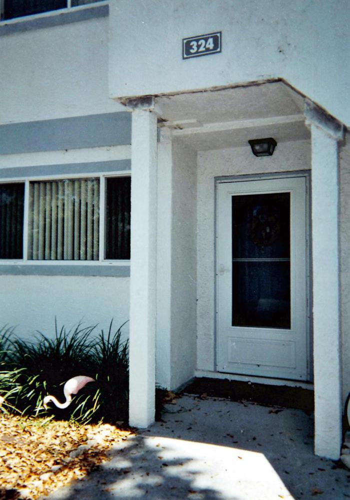 Door - 324 Beach Park Lane