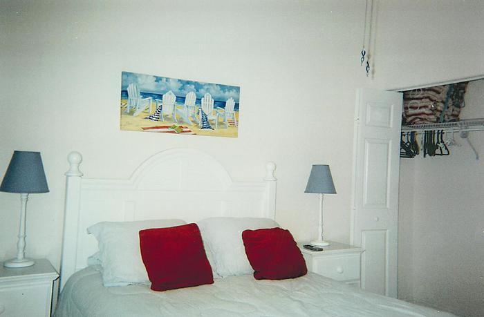 Master Bedroom - Ocean Park Lane
