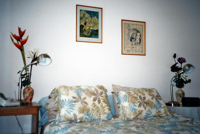 Queen Bed - 627 Ocean Park Lane